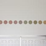 Déclinaison chromatique, sens anti-horaire, 2 séries de 12 dessins, crayons de couleur sur papier, chacun 25 x 32,4 cm, 2015.